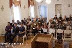 В зале заседаний. В первом ряду, в центре — ведущая передачи «Пулковский меридиан» Радио России. Санкт Петербург Т. А. Трубачева